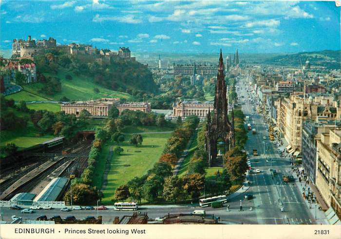 750612 64. Edinburgh Princes Street