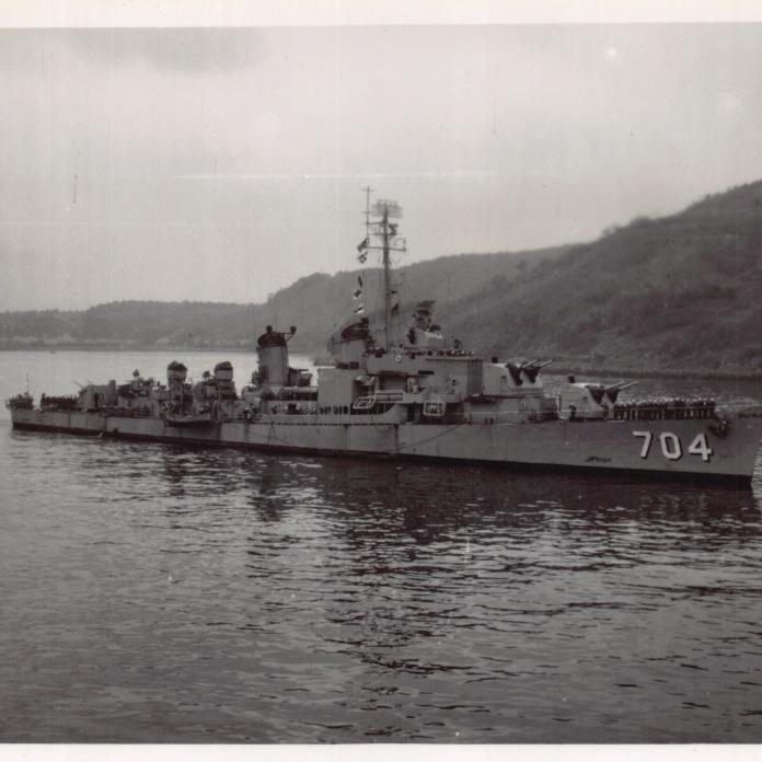 Mum'sPhotos_193_USS_Borie