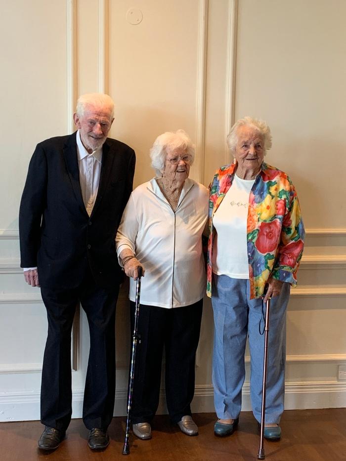 Uncel Bob, Mum and Aunty Barbara